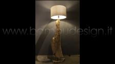 LAMPADA LEGNO MASSELLO TRONCO TEAK NATURALE H 180 CM. + PARALUME 29 CM.