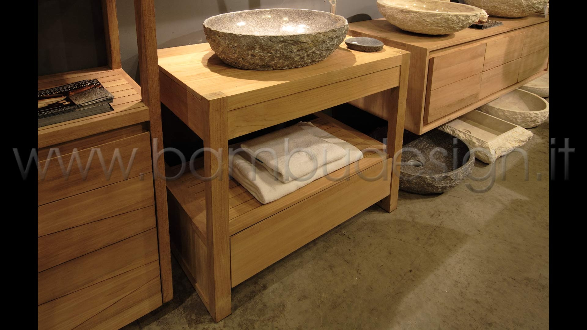 Mobile bagno in teak cassetto h bambù design milano
